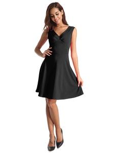فستان سكيتر نسائي بدون أكمام