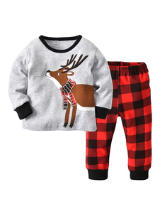 A manta do equipamento dos pijamas do Natal do bebê imprimiu a parte superior e o calças das crianças ajustadas Halloween