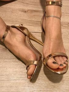 Sandalias de tacón alto con sandalias de tacón alto