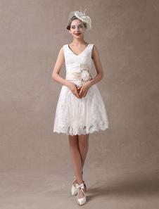 بطول الركبة الأبيض ألف خط فستان الزفاف مع الزهور