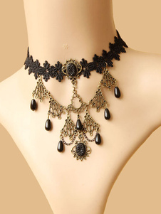 Collana con girocollo in lolita nera con gioielli in metallo