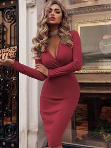 Женское облегающее платье с длинным рукавом и V-образным вырезом