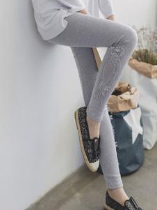 امرأة نحيل اللباس الداخلي مشروط قطع أسفل الرباط تريم