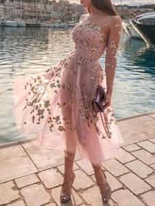 Abiti da skater rosa Abito con scollo a barchetta maniche lunghe in paillettes gioiello con paillettes a caldo