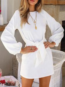 Vestidos de manga larga Mini vestido anudado con cuello joya blanco