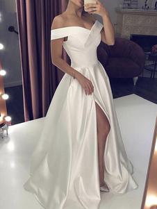 Простое свадебное платье из атласной ткани с открытыми плечами без рукавов Сплит А-силуэт Свадебные платья с шлейфом