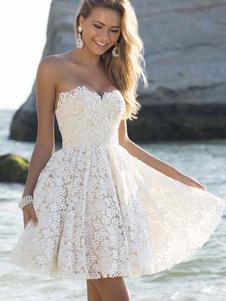 Белые кружева платье женщин без бретелек Милая декольте Плиссированные подходят вспышки платье