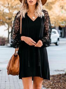 يذكر اللباس الأسود الرباط الأكمام شرابات الخامس الرقبة التحول اللباس المتضخم