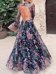 فستان ماكسي بدون أكمام مزين بالزهور