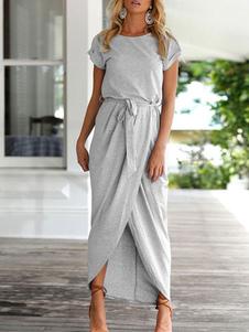 Пляжное платье с короткими рукавами