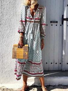 فستان بوهو بأكمام طويلة وياقة V