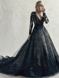 Black Wedding Dresses Lace Princess Silhouette Long Sleeves Natural Waist Lace Court Train Bridal Gown