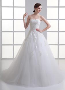 Brautkleid aus Netz mit Herz-Ausschnitt in Elfenbeinfarbe