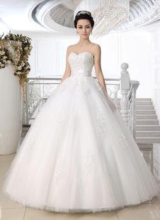 Abbigliamento da sposa bianco moderno in tulle con perline con scollo a cuore
