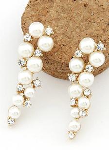 ファッション耳飾り ダングル耳飾り ホワイト 女性用 模造真珠 合金 エレガント ラウンドブリリアントカット ウエディング バレンタイン パール ラインストーン