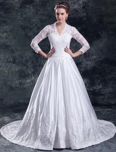 Vestido de noiva linha-A decote V manga comprida em renda e cetim com cauda e apliques
