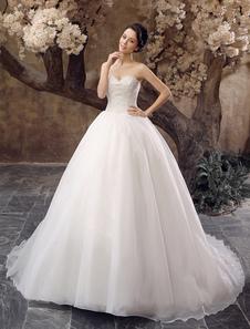 Vestido de novia de organza de color marfil con escote de corazón