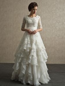 Vestido de noiva marfim linha-A em Organza e camadas com manga 7/8 e apliques