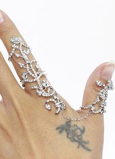 Istruzione anelli anelli floreali in metallo d'argento
