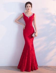 Vestido de noche de encaje rojo sin mangas con cuello en V con cuentas