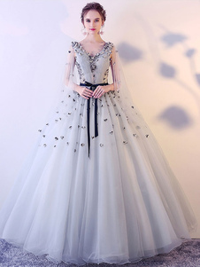 Vestidos de baile Light Grey V Neck Quinceanera Vestidos Tulle Flowers Até o Chão Vestido Mulheres Pageant