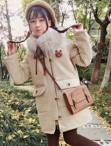 Классический Lolita Coat Ретро-медведь Furry Ecru White Lolita Winter Coat