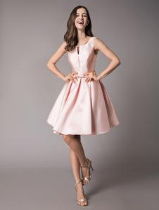 Платье коктейльное из атласа Мягкое розовое платье без рукавов без рукавов