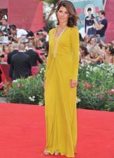 Earth Yellow V-Neck Sheath Chiffon Venice Film Festival Dresses