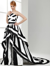 Ball Gown Black and White Wedding Dress Satin Sweetheart Quinceanera Dress