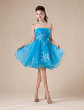 Vestito homecoming blu ricamato in tulle