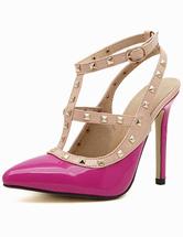 Spitze Sandaletten aus Lack-PU mit Ziernieten und T-Strap in Fuchsienfarbe