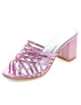 Elegantes sandalias zapatillas de las mujeres