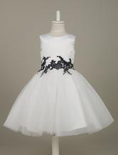 Süßes A-Linie-Blumenmädchen-Kleid aus mit Rundhalsausschnitt und Spitzen in Weiß