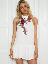 Sommerkleid mit Rose Muster für Sommer mit Stickereien im schicken & modischen Style Polyester