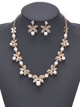 Elegant Jewelry Set Pearls Rhinestones Flowers Designed Party Necklace With Ear Stud