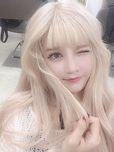 Lolitashow Sweet Lolita Wigs Long Blond Curly Synthetic Lolita Wig With Blunt Fringe