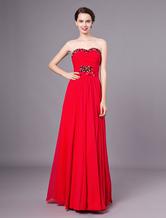 f60eadb13 Vestido de noche rojo de satén y de gasa sin tirantes y con escote de  corazón