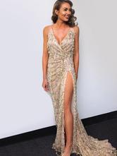 Платья с блестками V-образным вырезом