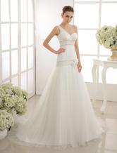 Flor & Pearl detalhando sereia vestido de noiva com um ombro