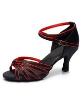 Saltos de dança latina preta com alças de moda