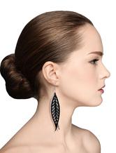 Leaf Pierced Earrings Women's Black Drop Earrings