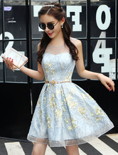 Short Homecoming Dresses Lace Sweetheart Neckline Illusion Keyhole Embroidered Pastel Blue Cocktail Dress