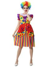 Traje de circo em traje de palhaço feminino pelo Mardi Gras
