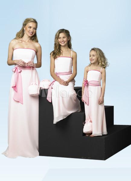 Una Línea De Gasa Banda Juvenil De Dama De Honor Vestido
