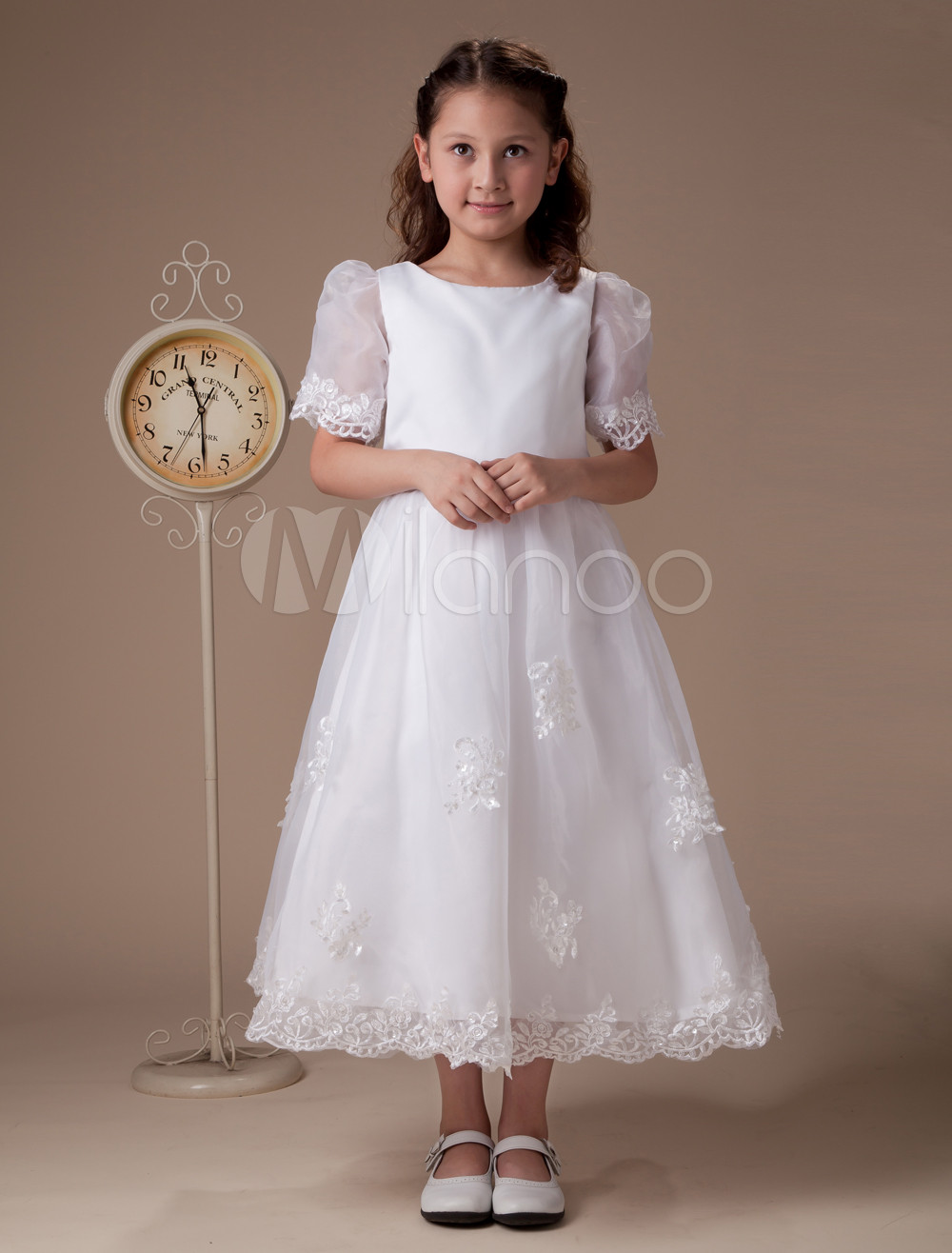 white round neck short sleeves satin first communion dress. Black Bedroom Furniture Sets. Home Design Ideas