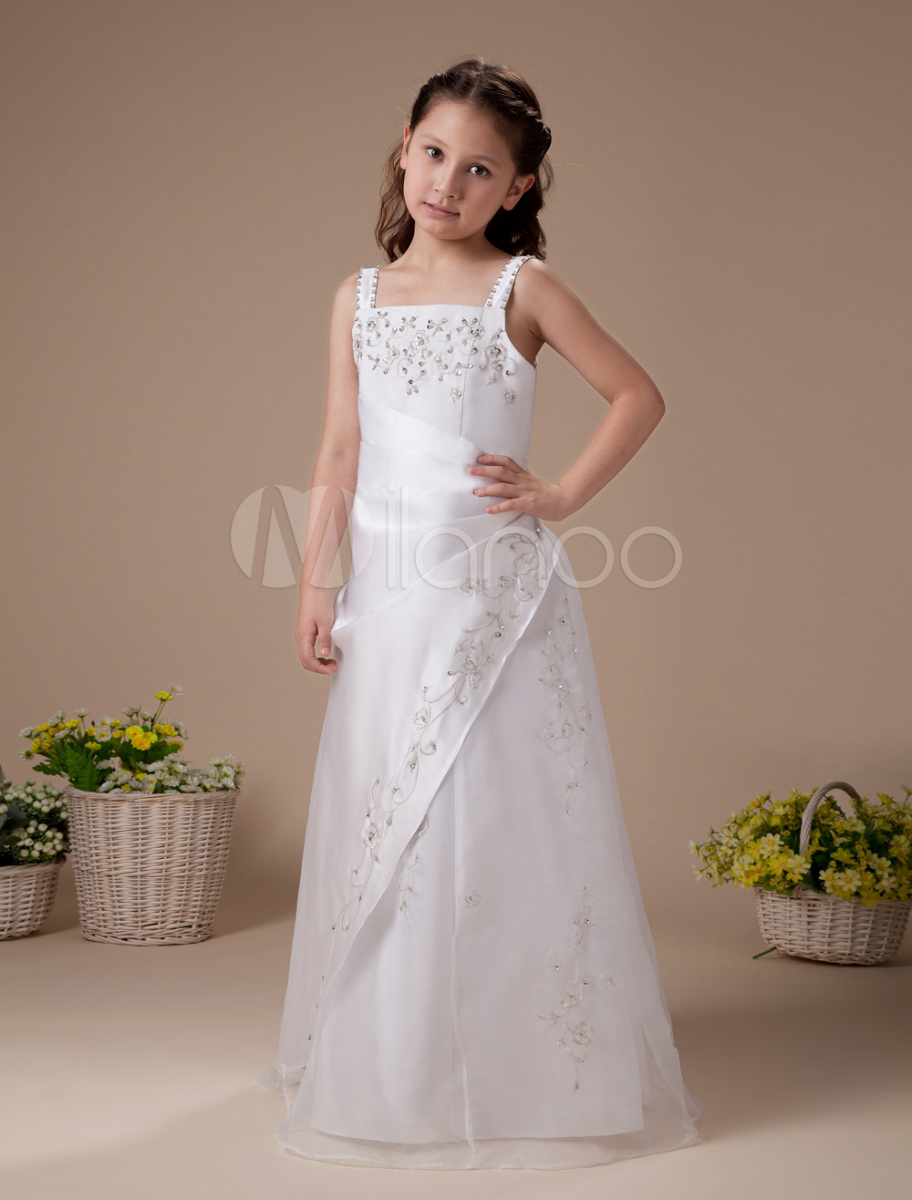 White Sleeveless Embroidery Satin Flower Girl Dress