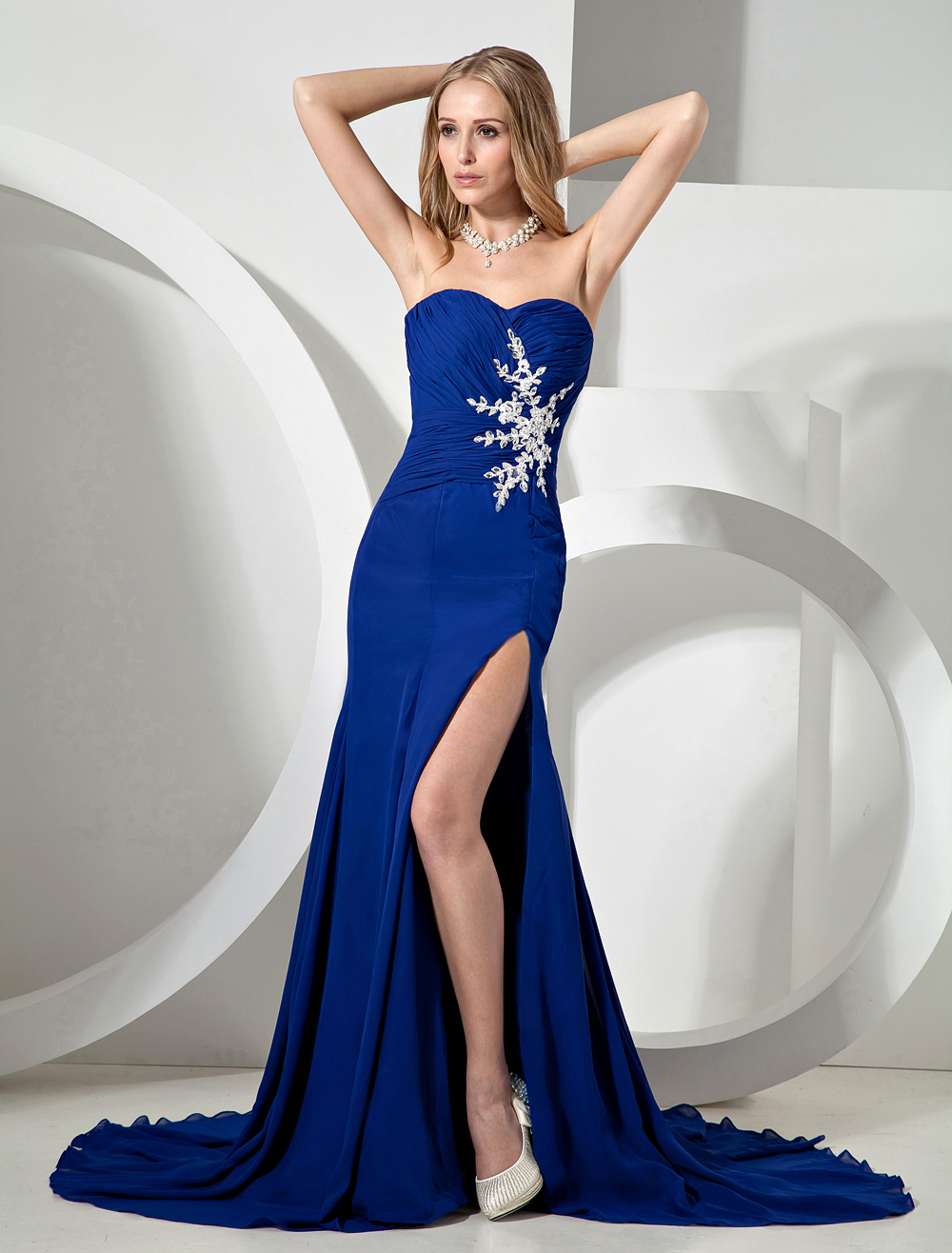 Royal Blue Splitting Strapless Chiffon Prom Dress