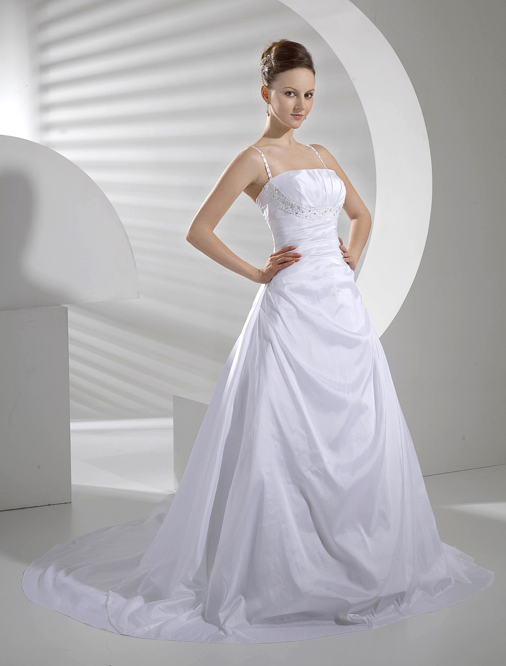 Wedding Dress 2018 A Line Spaghetti Straps Pleated Taffeta Backless Bridal Gowns With Train