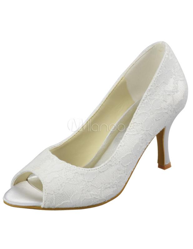 ... Chaussures de mariage blanches d'orteil aigu en satin de soie ...