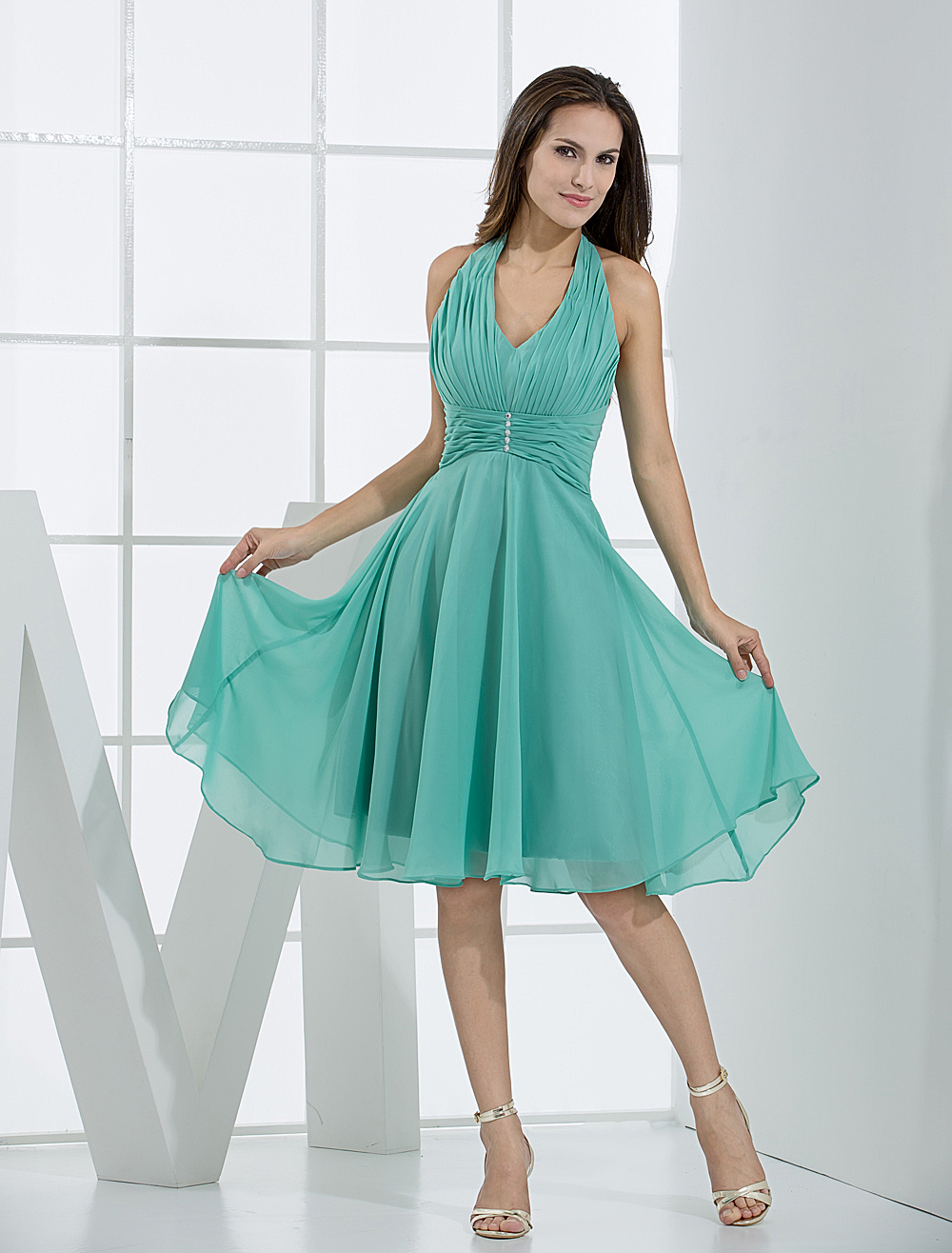 Vintage halter v neck chiffon bridesmaid dress milanoo ombrellifo Image collections